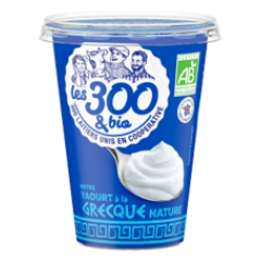 Greek yogurt - A greek yogurt made with 100% french whole milk and a touch of cream. In a 450g pack.  Its creamy texture and its large pack makes it an unmissable asset of generous desserts !