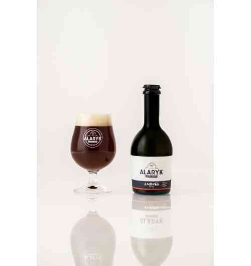 Alaryk Ambrée  / Amber Ale - <p><strong>This amber coloured gourmet beer delivers slightly caramelized biscuit notes. You will love its roundness and real light bitterness. </strong></p> <p><strong>This beer is brewed in accordance with the brewing tradition, in high-fermentation and unpasteurized</strong></p>