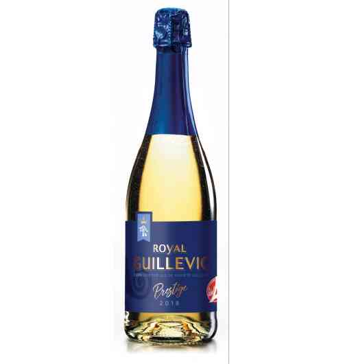 "royal guillevic cider - White cider with thin bubbles - ""Label Rouge"" elaborated with only one sort of apple, cultivated in the South  of Morbihan : the Guillevic apple. 3,5° of alcool; Accompanied during aperitifs or with a dessert."
