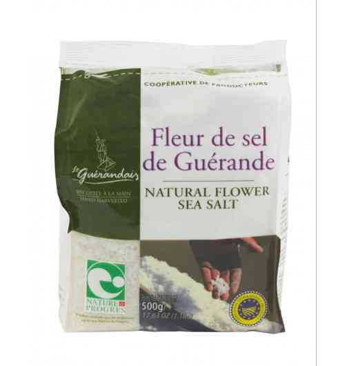 Flower of salt 500g Bag - Our Fleur de Sel salt is carefully hand-harvested on the surface of the water using traditionnal methods and savoir-faire. Le Guérandais Fleur de Sel is something of a rarity ; its natural whiteness and unique flavour are highly prized by food-lovers and great chefs alike.