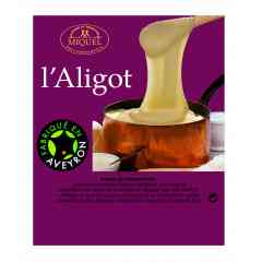 Aligot - This speciality from the Aveyron region is made by adding our local fresh cheese to mashed potatoes. Smooth and cheesy!