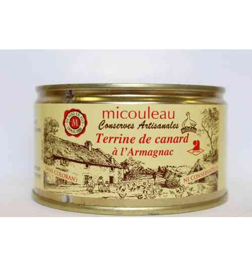DUCK PATE IN ARMAGNAC - <p><strong>Presentation: </strong>Can 1/4 Weight 200g (for 4 persons)</p> <p><strong>Ingredients: </strong>Lean and fat of pork, duck (25%), poultry liver, milk, eggs, Armagnac (2%), pepper.</p> <p><strong>Preparation: </strong>The duck pate in Armagnac is prepared at the heart of a gastronomic region. The lean and fat of pork and the duck meat are big minced meat. Then, we add Armagnac and condiments.</p> <p><strong>Way of tasting the product:</strong> Serve lightly chilled.</p>