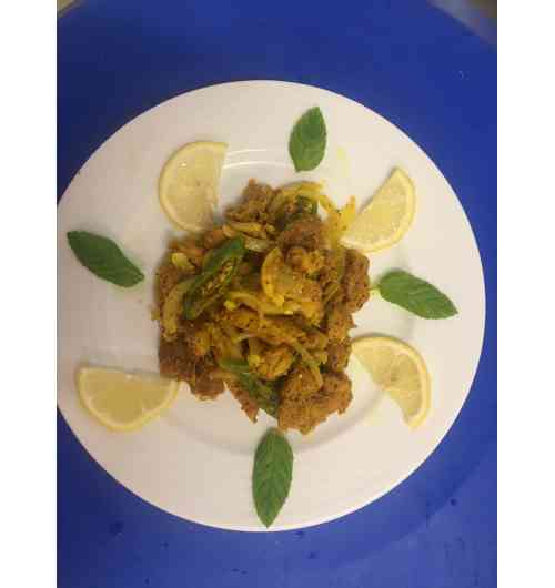Fish vindaye - Fried pelagic fish macerated for several hours in a mixture of spices, onions, garlic and vinegar.